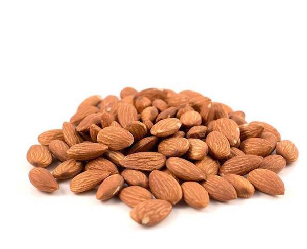 Olio di mandorle dolci usato nei cosmetici naturali e vegan Defa Cosmetics